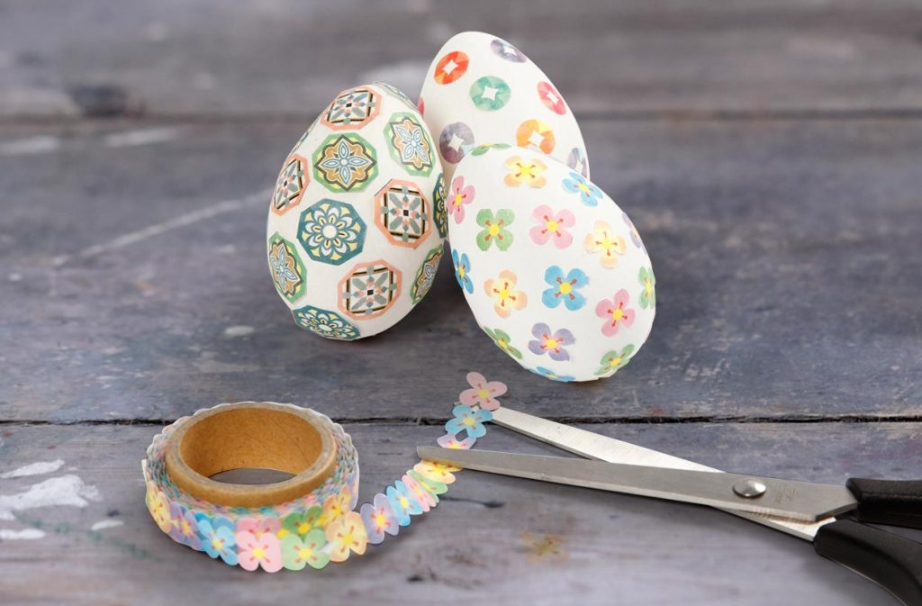 Påskeegg: Egg med masking tape til påske