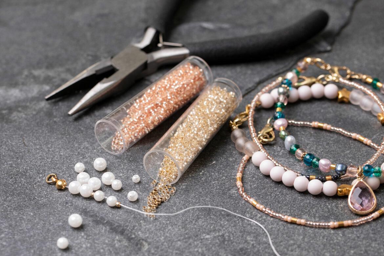 DIY smykker: Uunnværlige teknikker til smykkefremstilling med perler