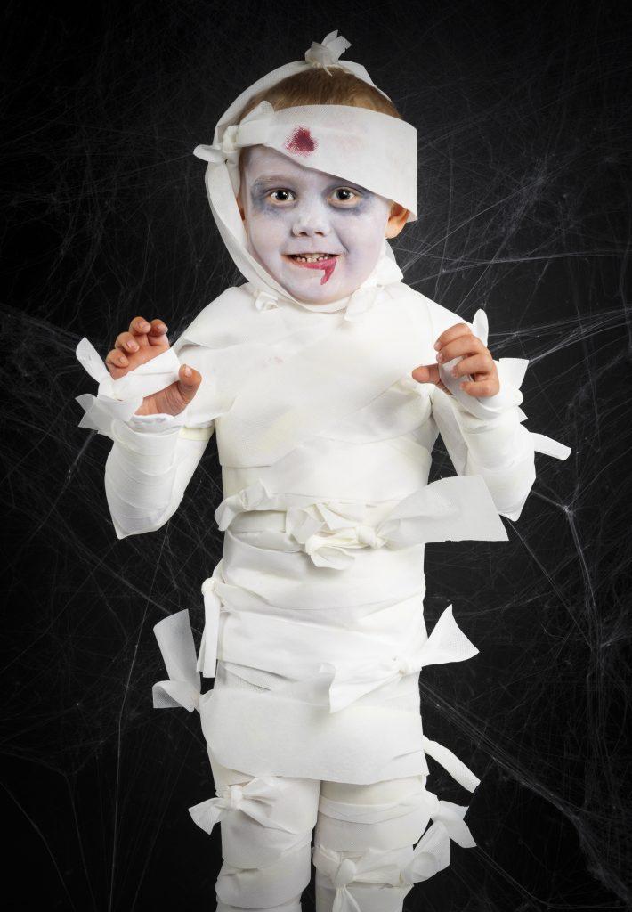 Kreativ halloween lag selv utkledning til halloween