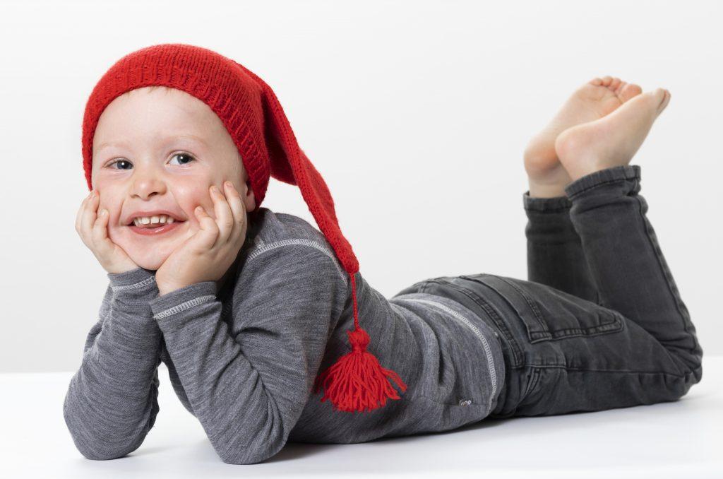 Lag selv en strikket nissehue til jul - inspirasjon