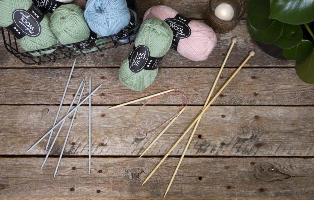 lær å strikke - strikkepinner: strømpepinne - rundpinne - jumperpinne
