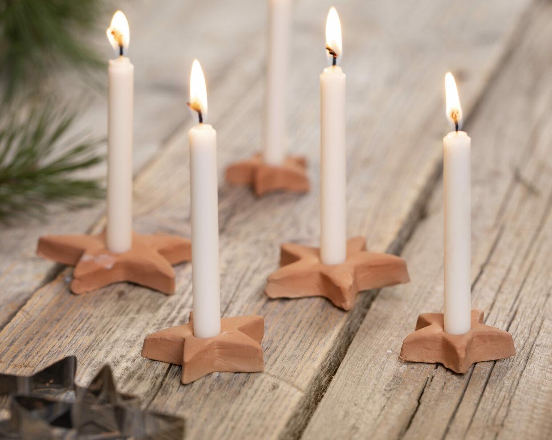 juledekorasjoner til jul med hjemmelaget julepynt