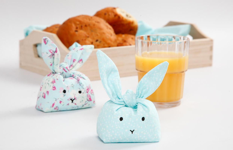 Påske: Sydde kaniner til pynt og lek